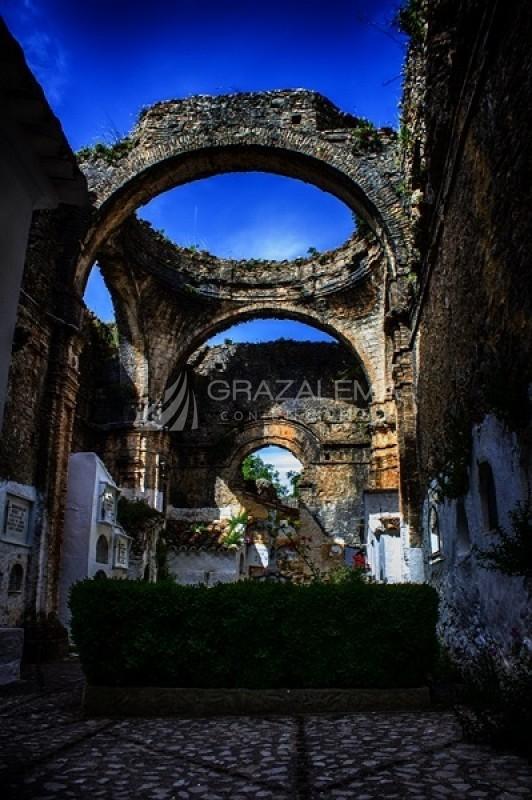Iglesia de El Salvador - Cementerio Imagen