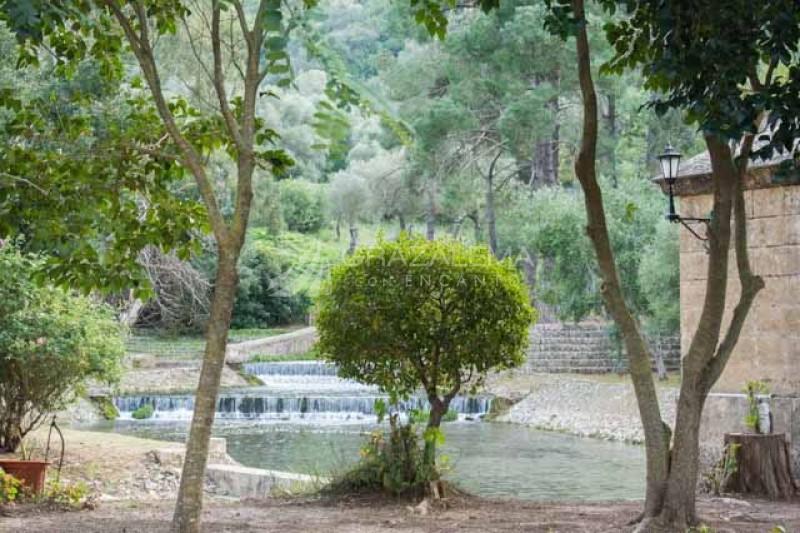 Restos Fortaleza del Tempul y Nacimiento del Agua Imagen
